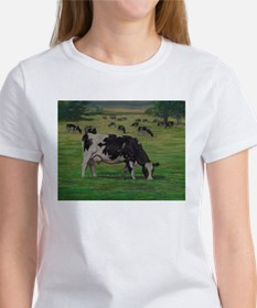 Holstein Milk Cow in Pasture Tee