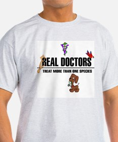 Real Doctors on light colors T-Shirt