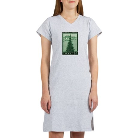 1957 Iceland Spruce with Volcanoes Stamp Women's N