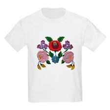 Kalocsai hand embroidery floral pattern T-Shirt