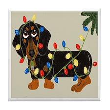 Dachshund (Blk/Tan) Tangled In Christmas Lights Ti