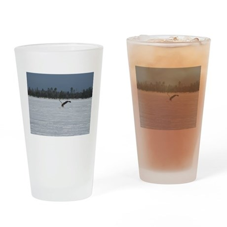 Eagle catch Drinking Glass