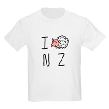 I Heart NZ - Cute Sheep T-Shirt