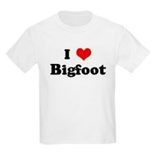 I Love Bigfoot Kids T-Shirt