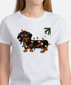 Dachshund (Blk/Tan)... Women's T-Shirt