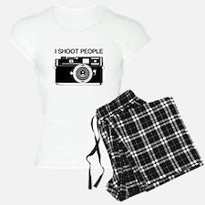 Photographer, I shoot people, Pajamas