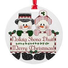 Irish Christmas Couple Round Ornament