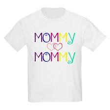 momlovesmom T-Shirt