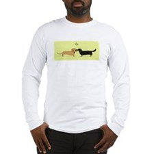 Dachshund Christmas Kiss Long Sleeve T-Shirt