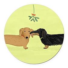 Dachshund Christmas Kiss Round Car Magnet