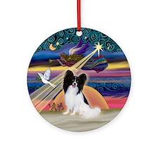 Xmas Star & Papillon (1) Ornament (Round)