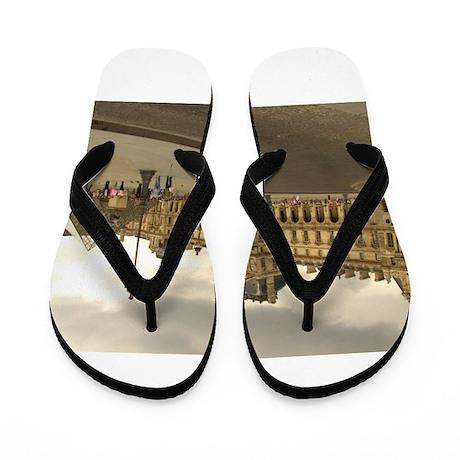 Cloudy Louvre Flip Flops