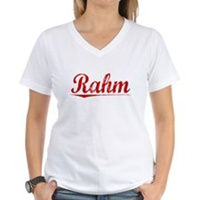 Rahm, Vintage Red Shirt