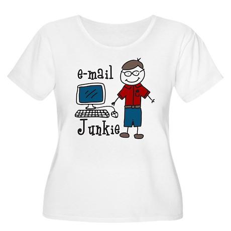 E-Mail Junkie Women's Plus Size Scoop Neck T-Shirt