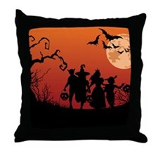 SPOOKY FRIENDS Throw Pillow