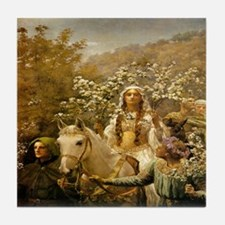 Queen Guinevere 'The Maying' Tile