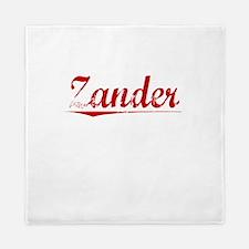 Zander, Vintage Red Queen Duvet