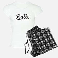 Halle, Vintage pajamas