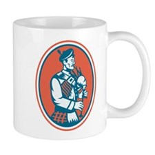 Scotsman Scottish Bagpipes Retro Mug