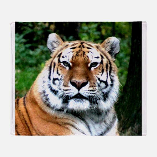 MAJESTIC TIGER Throw Blanket