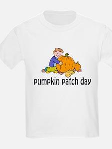 PUMPKIN PATCH DAY Kids T-Shirt