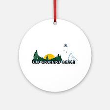 Old Orchard Beach ME - Beach Design. Ornament (Rou