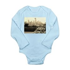 Seattle and the Space Needle Long Sleeve Infant Bo