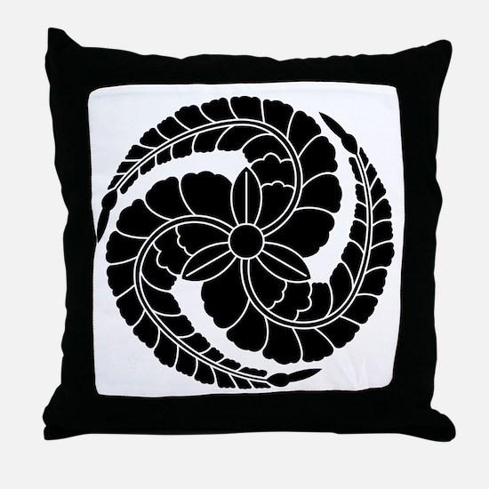 kuroda wisteria Throw Pillow