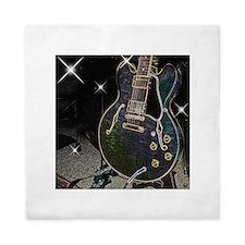 Semiglow Guitar Queen Duvet