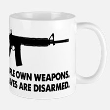 Free people own guns! Mug
