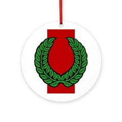 Midrealm Laurel medallion (pale)
