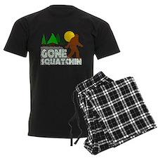 Gone Squatchin Vintage Retro Distressed Pajamas