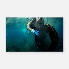 Scuba diver collecting rubbish - Car Magnet