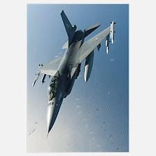 A Dutch F-16AM armed with AIM-120 AMRAAM and AIM-9