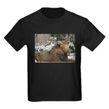 Lion in Snow Kids Dark T-Shirt