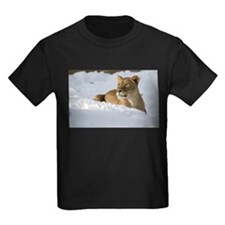 Female Lion in Snow Kids Dark T-Shirt