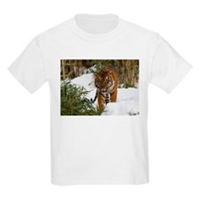 Tiger Walking in Snow Kids Light T-Shirt