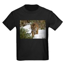Tiger Walking in Snow Kids Dark T-Shirt