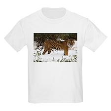 Tiger Standing in Snow Kids Light T-Shirt