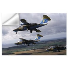 Saab 105 jet trainers of the Swedish Air Force dis Wall Decal