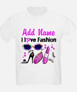 FASHION QUEEN T-Shirt