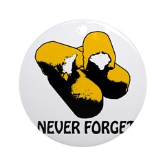 Twinkies_Never_Forget_PingTrans.png Ornament (Roun