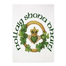 Christmas Claddagh 5'x7'Area Rug