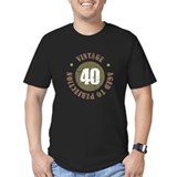 40 aged to perfection Fitted T-shirts (Dark)
