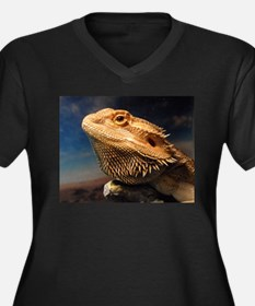 .young bearded dragon. Women's Plus Size V-Neck Da