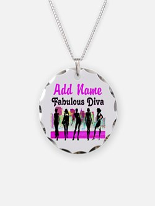 FABULOUS DIVA Necklace