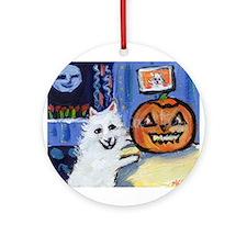 American Eskimo dog investiga Ornament (Round)