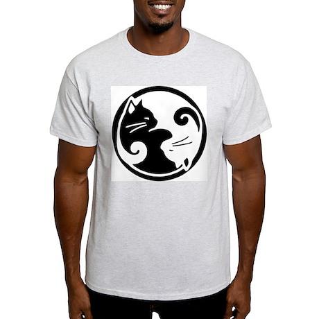 Yin Yang Cats: T-Shirt