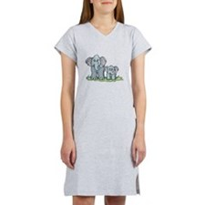 mommy baby elephant.png Women's Nightshirt