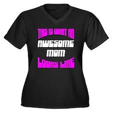 Awesome Mom Looks Like Women's Plus Size V-Neck Da
